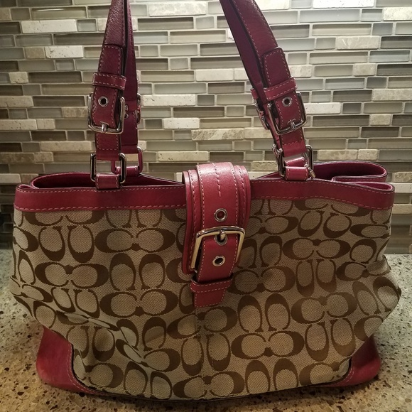 Coach Handbags - Coach Hampton Signature Large Carryall F12643
